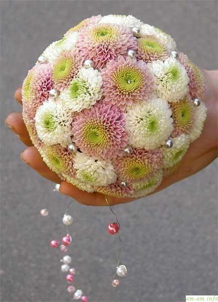 Букет шар из живых цветов