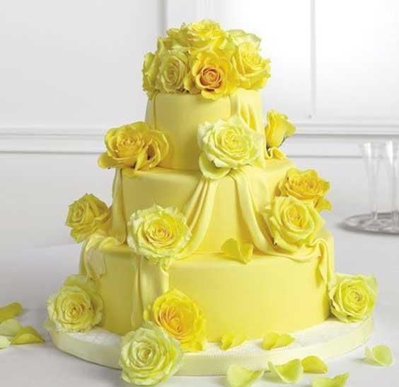 Желтый торт из мастики фото