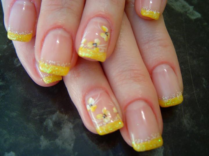 Фото ногти френч желтый