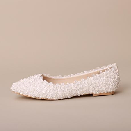 Bílé kytičkové, perličkové balerínky, 22-25,5cm, 34