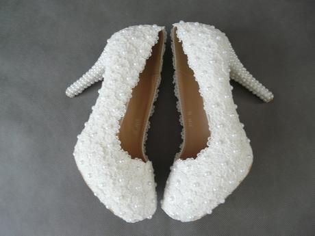 Bílé perličkové lodičky, reálné foto,10cm podpatek, 35