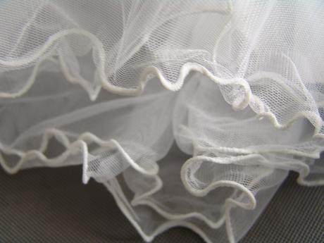 Bílé šaty pro družičku, 140