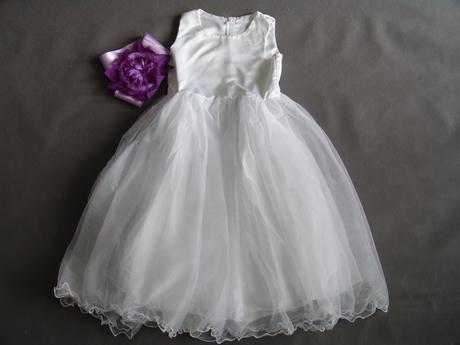 Bílé šaty pro družičku, 146