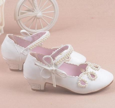 Bílé společenské sandálky pro družičky, 26-37, 35