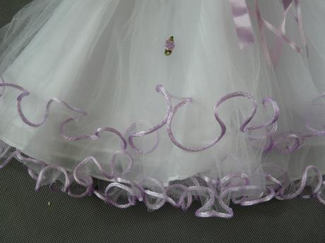 Bílo-fialové šaty pro princezny, s čepičkou, křtin, 92