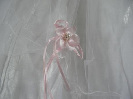 Bílo-růžové šaty na vítání občánků, svatby, 92