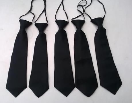 Černá dětská kravata,