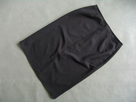 Černá sukně, S