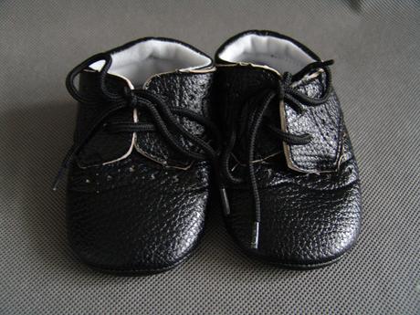 Černé capáčky - 12,7cm, 19