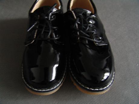 Černé lakované boty - 18cm, 29