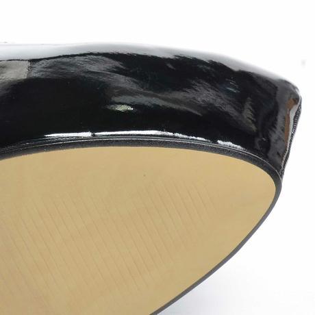Černé lakované extravagantní lodičky, vysoký podpa, 39