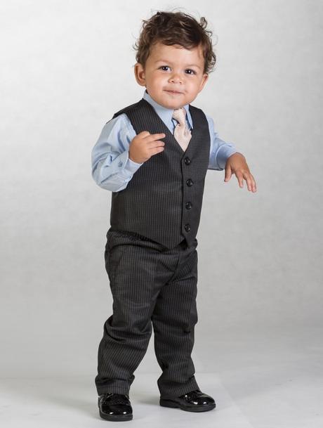 Černý oblek s proužkem, 3-4 roky - půjčovné, 104