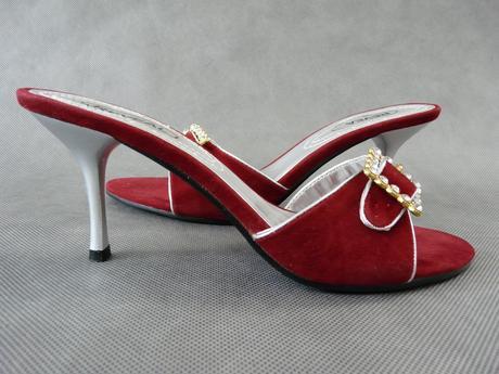 Červené pantofle, 37