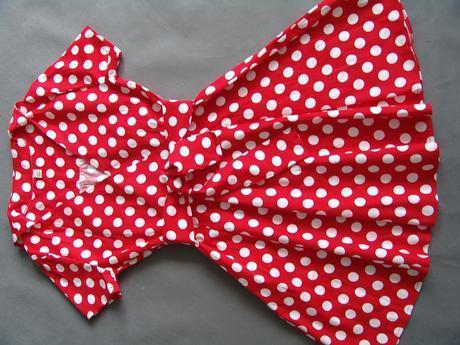Červené puntíkaté retro šaty, 38