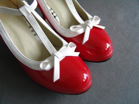 Červené retro lodičky, 37
