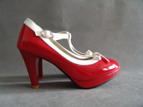 Červené retro lodičky, 38