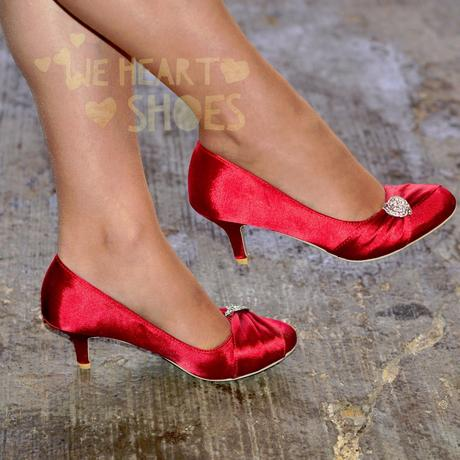 Červené saténové svatební lodičky, nízký podpatek, 38