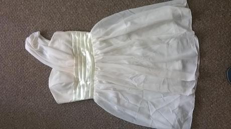 Champagne šaty i pro družičky, 164