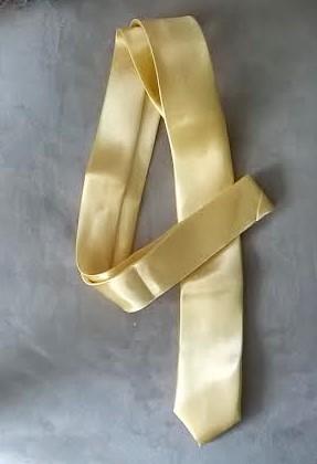 Champagne, zlatá kravata, pánská, slim,
