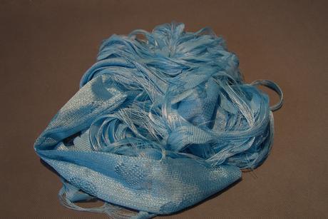 Dekorace modrá srdíčková záclona,