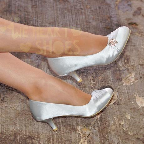 Ivory saténové svatební lodičky, nízký podpatek, 41