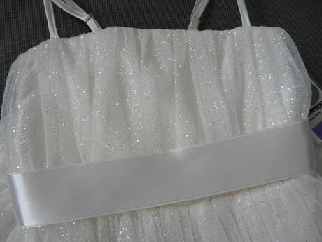 Ivory šaty včetně kruhové spodnice - 1-2 roky, 92