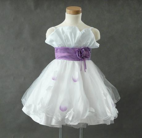 K prodeji bílo fialové šaty s bolerkem 3-5 let, 104