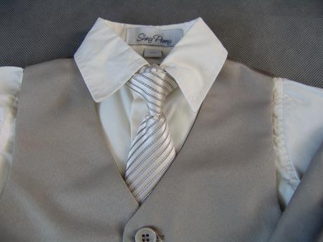 K zapůjčení - béžový oblek, 0-4 roky, různé veliko, 92