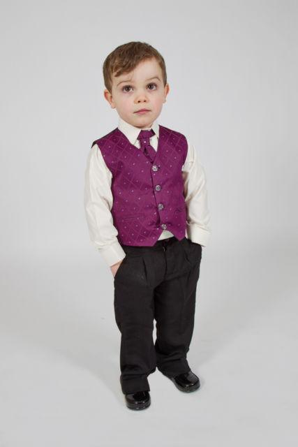 K zapůjčení - fialový oblek, 18-24 měsíců, 86
