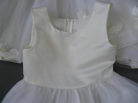 K zapůjčení - ivory šaty, 1-4 roky, 92
