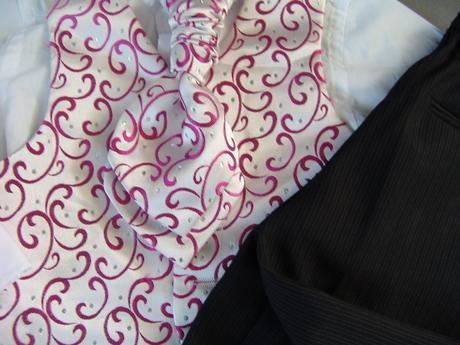 K zapůjčení - růžovo-stříbrný oblek, 1-2 roky, 80