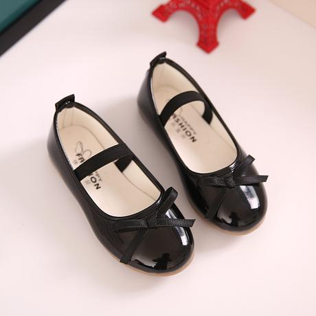 K zapůjčení - šaty + boty, 116