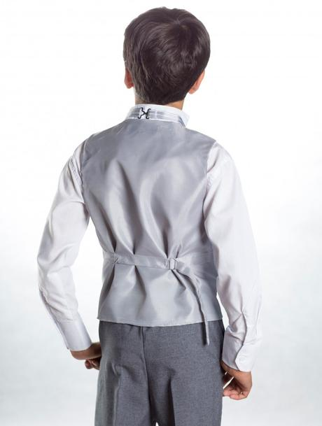K zapůjčení - šedý oblek - možno se sakem 7 a 11 l, 128