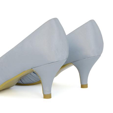 Modré saténové svatební lodičky, nízký podpatek, 38