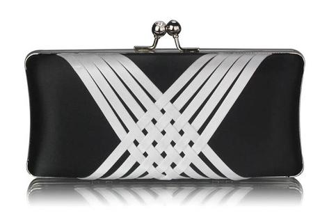 NOVINKA - černo-bílá společenská kabelka,