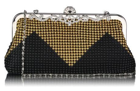 NOVINKA - černo-zlatá společenská kabelka,