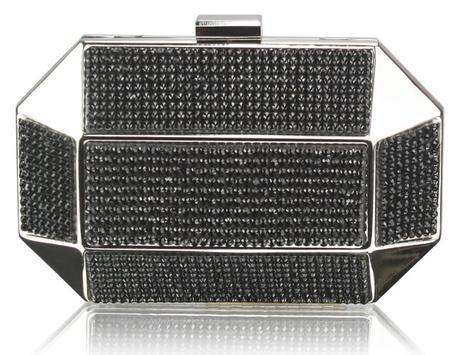 NOVINKA - extravagantní černá kabelka,