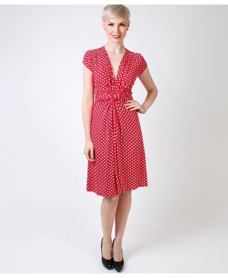 NOVINKA - puntíkaté letní, společenské šaty, 44