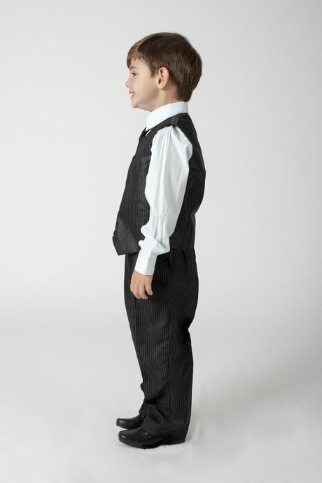 NOVINKA - šedý oblek k zapůjčení, 3m-9 let, 140