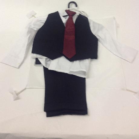 NOVINKA - šedý společenský oblek i se sakem, 140