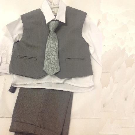 NOVINKA - šedý společenský oblek i se sakem, 164