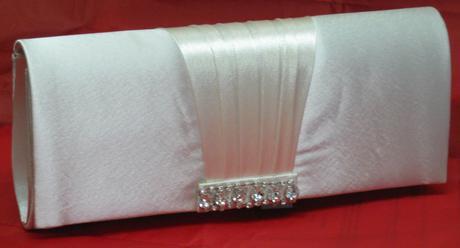 NOVINKA - tělová svatební kabelka,