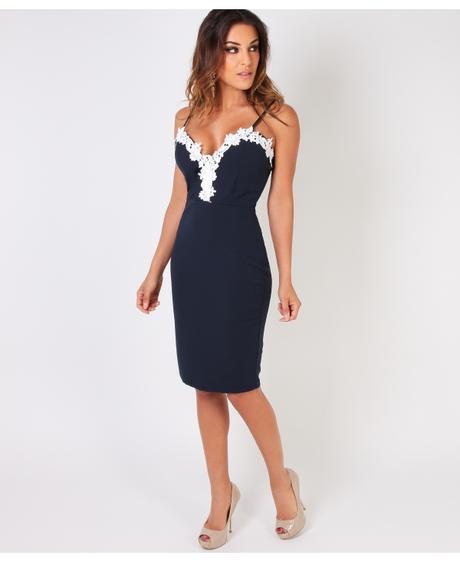 NOVINKA - tmavě modré krátké spol.šaty, 42