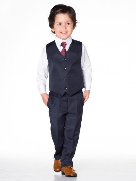 NOVINKA - tmavě modrý oblek, půjčovné, 134