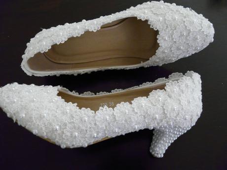 Perličkové svatební lodičky, 35-39, 37