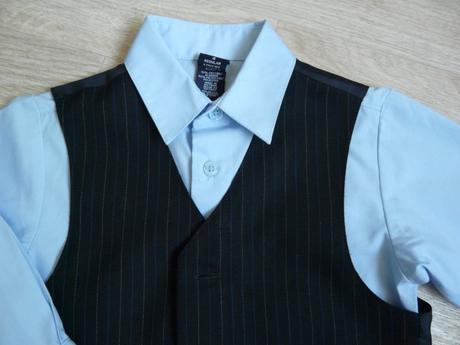 půjčím/k prodeji černo-modrý oblek, 104