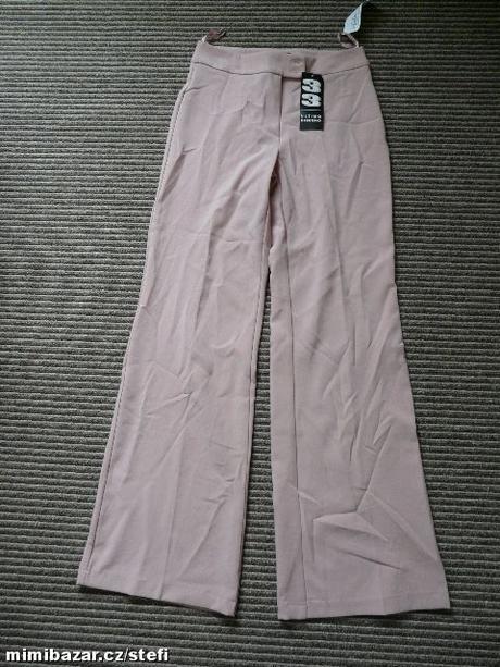 Růžové kalhoty, 38