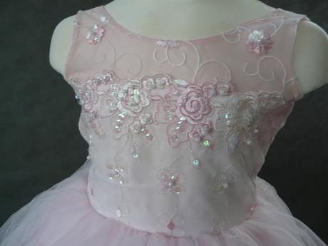 Růžové šaty pro družičky, 3-5 let, 116