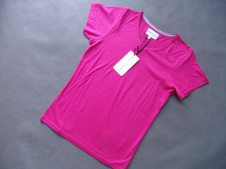 Růžové tričko, 140