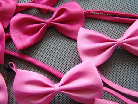 Růžový dětský motýlek - skladem,